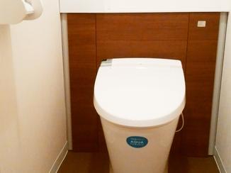 トイレリフォーム 落ち着きのあるお洒落なトイレ空間