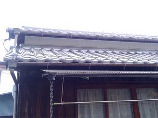 外壁・屋根リフォーム お得に修繕し、安心して過ごせるようになった瓦屋根